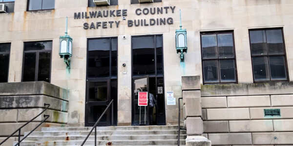 OWI attorney in Milwaukee County